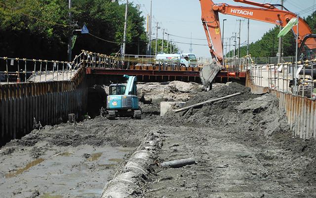 下水道工事の施工現場写真